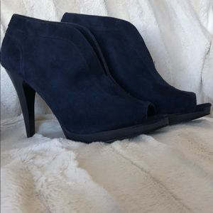 Navy sided peep toe bootie